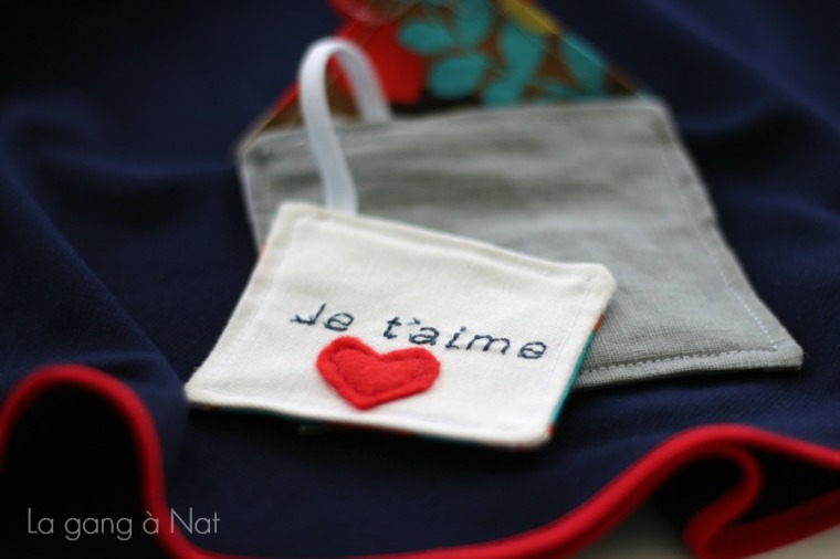 Fashionable Type Je t'aime Skirt1
